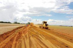 SMOV conclui recuperação de estradas na Agrovila João Ponce de Arruda