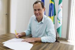 Prefeito sanciona Lei da RGA dos servidores municipais