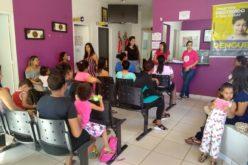 Mães do CAISM participam de palestras sobre depressão pós-parto e amamentação