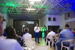 Servidores municipais participam de palestra de auto ajuda