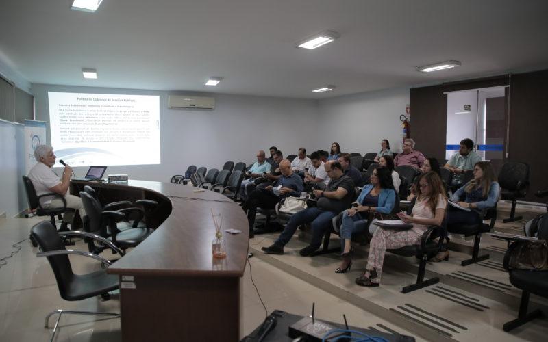 Representantes de municípios da região participam de oficina sobre manejo de resíduos sólidos