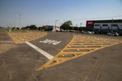 Prefeitura implanta sinalização horizontal para organizar fluxo de veículos em pontos críticos