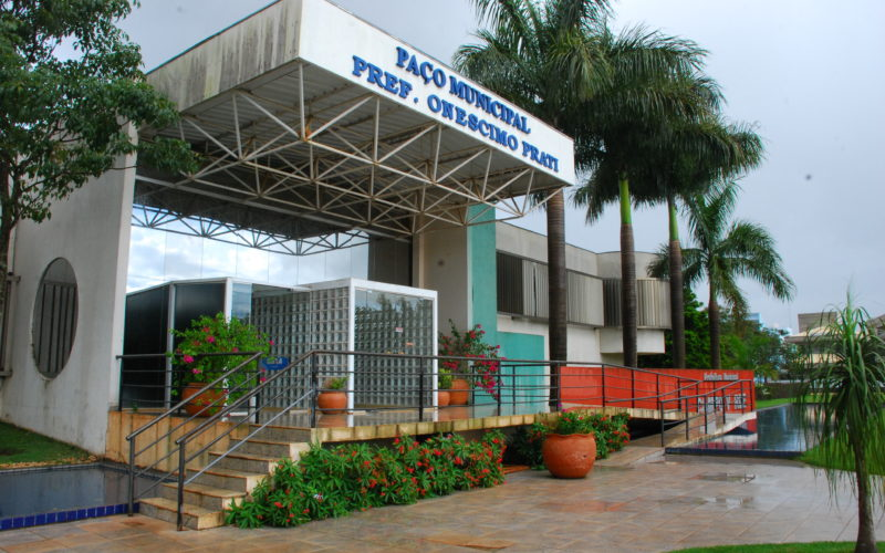 Prefeitura retoma atendimento em dois turnos