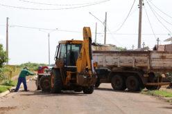 Mutirão de limpeza é realizado em bairros da cidade