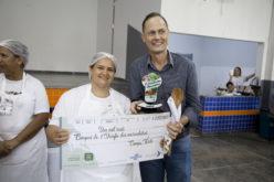 """Costelinha suína com arroz e legumes garantem prêmio no """"Desafio das Merendeiras"""""""