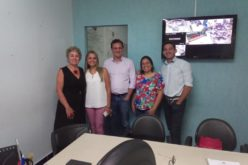 Secretário de Habitação de Campo Verde troca experiência com cartorária de Poxoréu sobre regularização fundiária