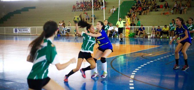 Secretaria de Esportes disponibiliza ficha de inscrições para escolinhas esportivas