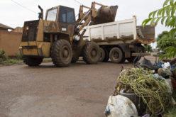Mutirão de limpeza será realizado nos bairros Eckert, Bom Clima e Bordas do Lago esta semana