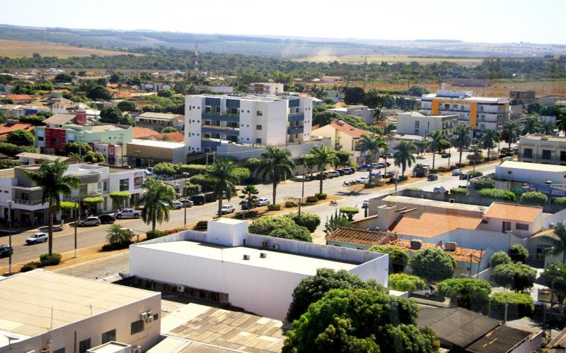Fiscais da SEFAZ/CV orientam sobre fechamento de parte do comércio devido ao coronavírus