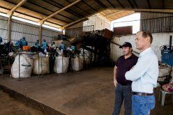 Prefeito destaca avanço na destinação de resíduos sólidos