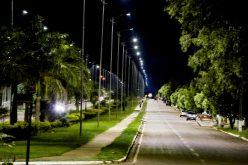 Prefeitura instala lâmpadas de LED na Avenida Dom Aquino