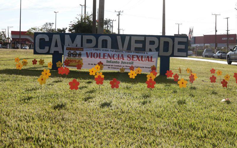 Assistência Social usa flores para alertar sobre a violência e o abuso infanto-juvenil