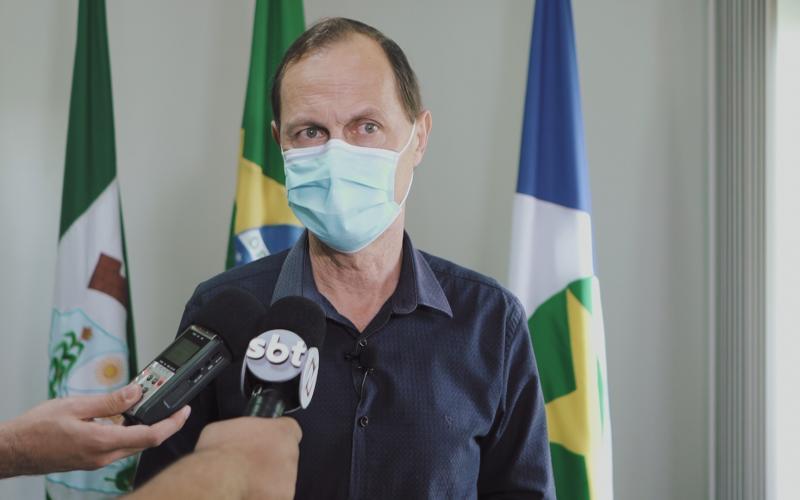 Relacionar casos de covid-19 com repasse de recursos é errôneo, diz prefeito