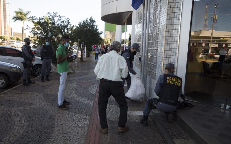 Assistência Social, com apoio da PM, inicia abordagens a moradores de rua
